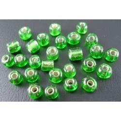 Glasperlen Rocailles grün
